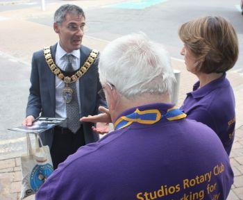 Elstree & Borehamwood Town Mayor Cllr Simon Rubner
